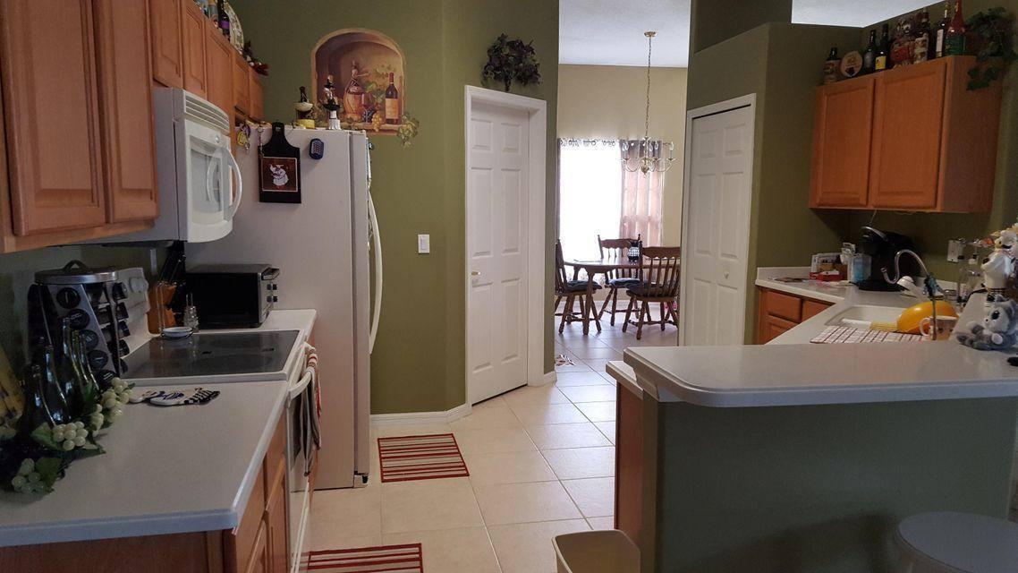1657 SW Mercedes Avenue, Port Saint Lucie, FL 34953