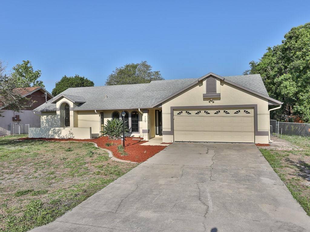 738 West Ludlum Drive, Deltona, FL 32725