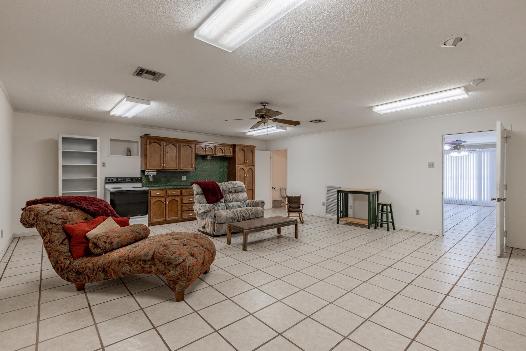 156 Edith Rd, Lafayette, LA 70508
