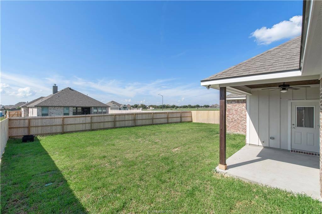 3019 Wolfpack Loop, Bryan, TX 77807