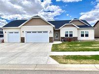 6901 University Ave North, Williston, ND 58801