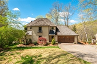 8960 Hickory Hill Lane, Knoxville, TN 37922
