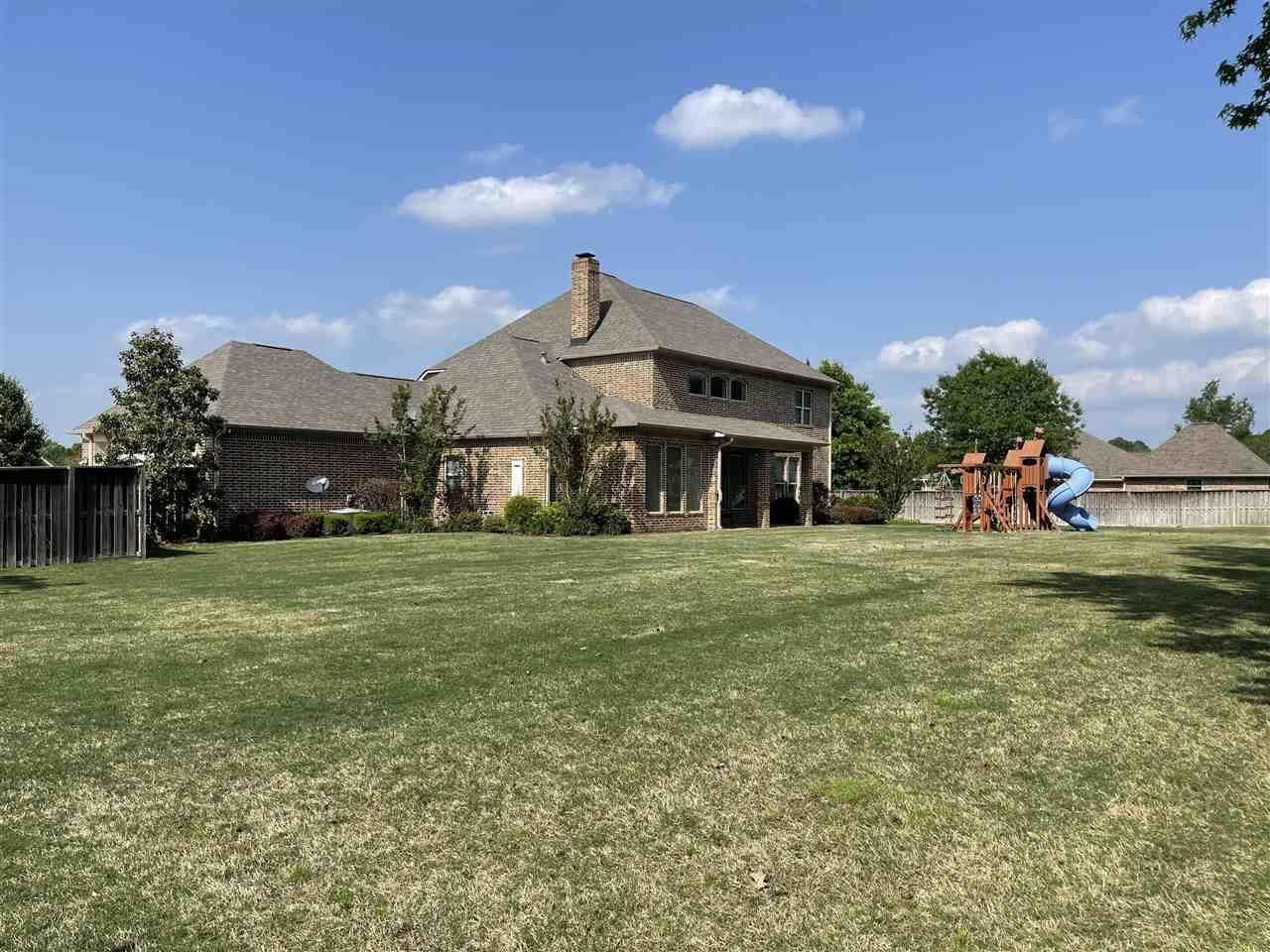 5305 Rolling Hills, Texarkana, TX 75503