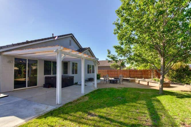2214 Bidwell Bar Drive, Plumas Lake, CA 95961