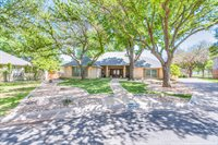 5413 Lake Tr Court, San Angelo, TX 76904