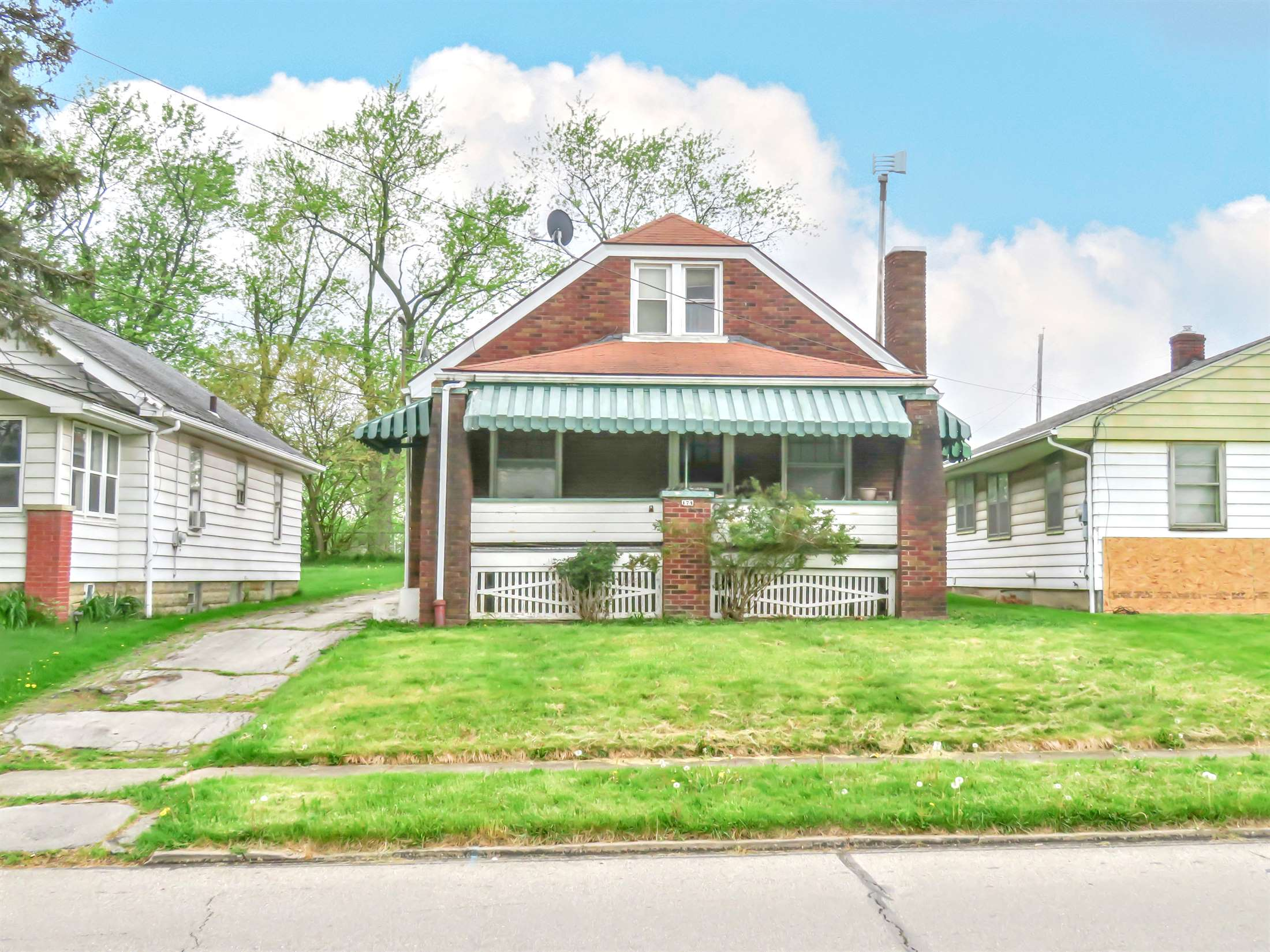 174 North Hazelwood Avenue, Youngstown, OH 44509