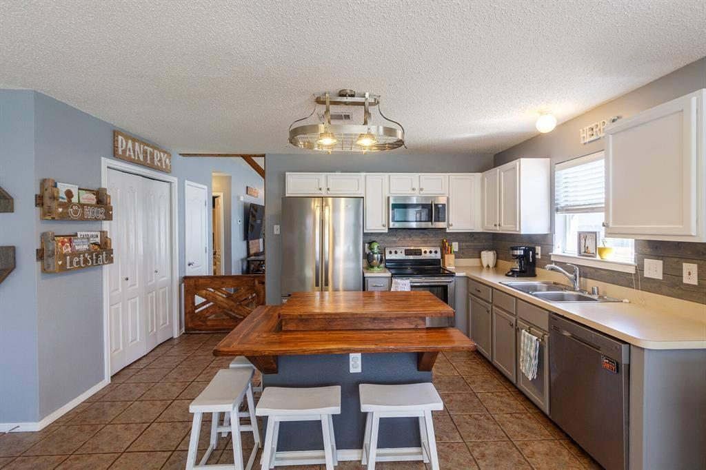 2050 Diamond Ridge Drive, Carrollton, TX 75010