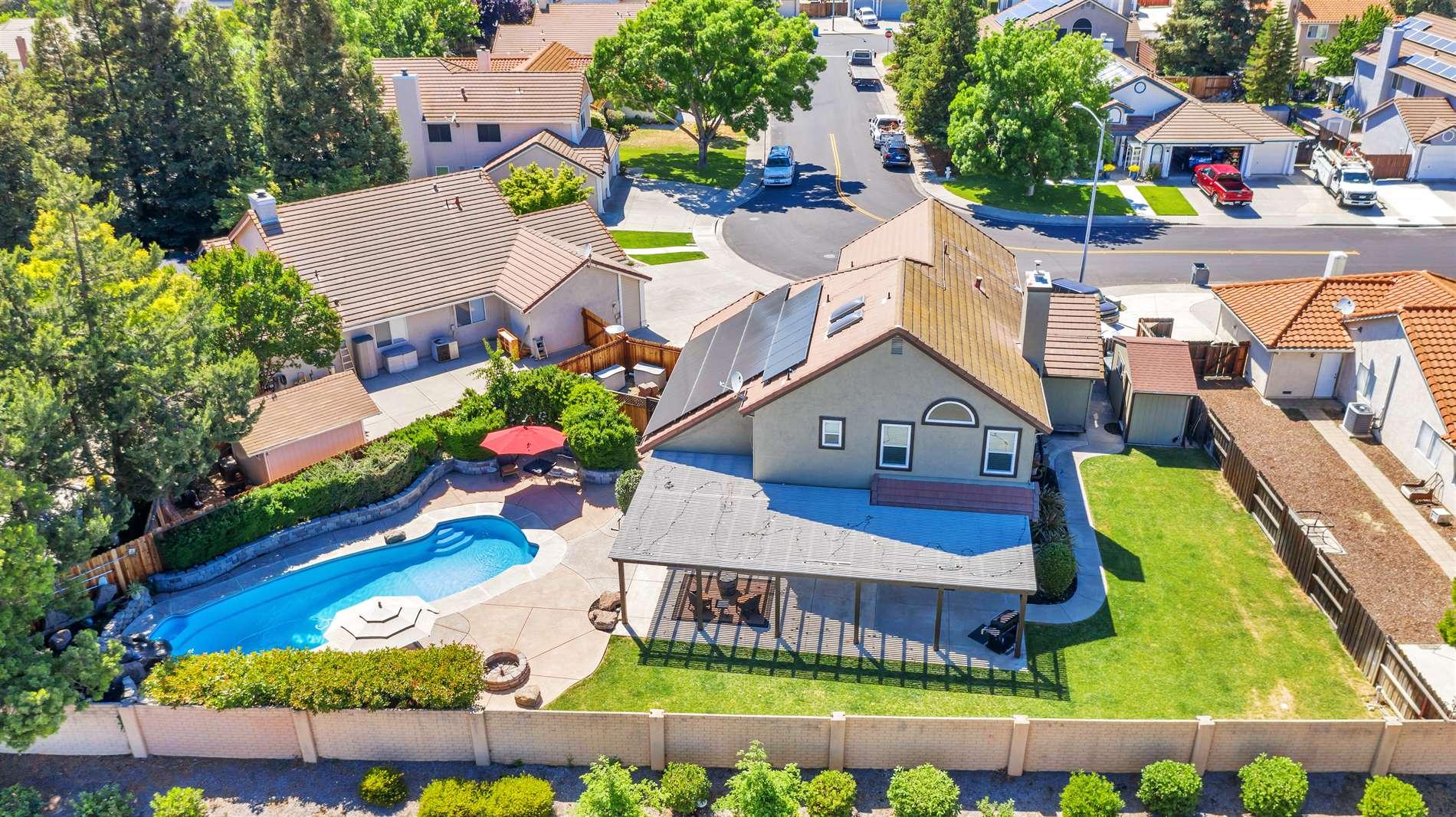 733 Forest Ridge Circle, Vacaville, CA 95687