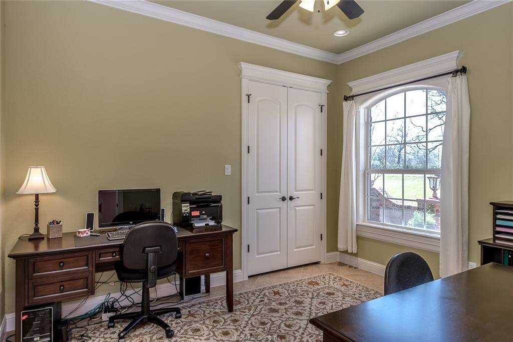 18023 Martingale Court Court, College Station, TX 77845