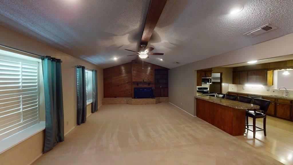 1305 Pecan Grove Dr, Big Lake, TX 76932