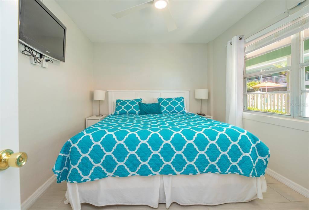 11730 Gulf Boulevard, #21, Treasure Island, FL 33706