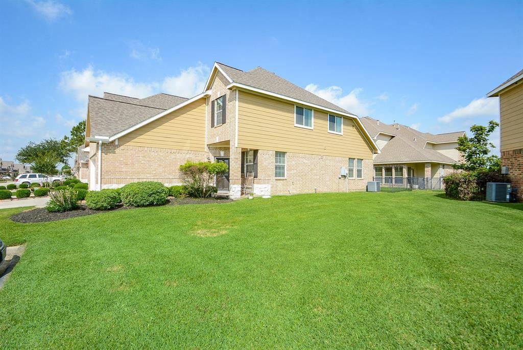 8420 Sunset Loch Drive Drive, Spring, TX 77379