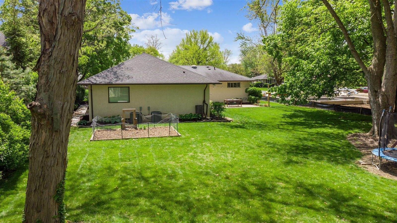 2582 Eastcleft Drive, Columbus, OH 43221
