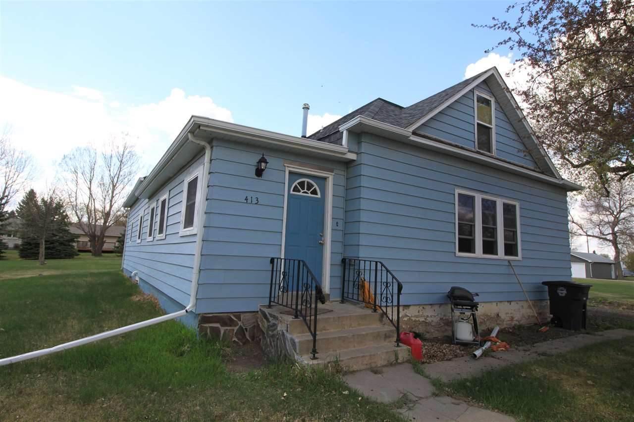 413 Main St N, Berthold, ND 58718
