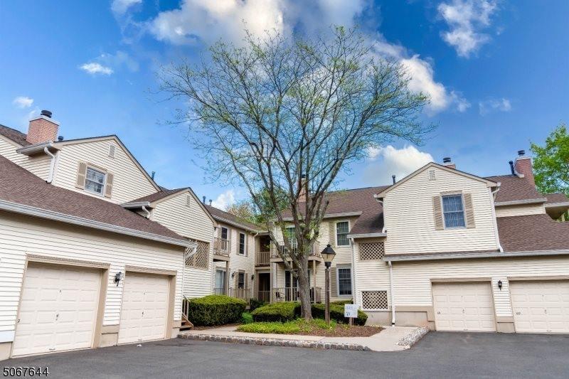 118 Jamestown Rd, Bernards Township, NJ 07920