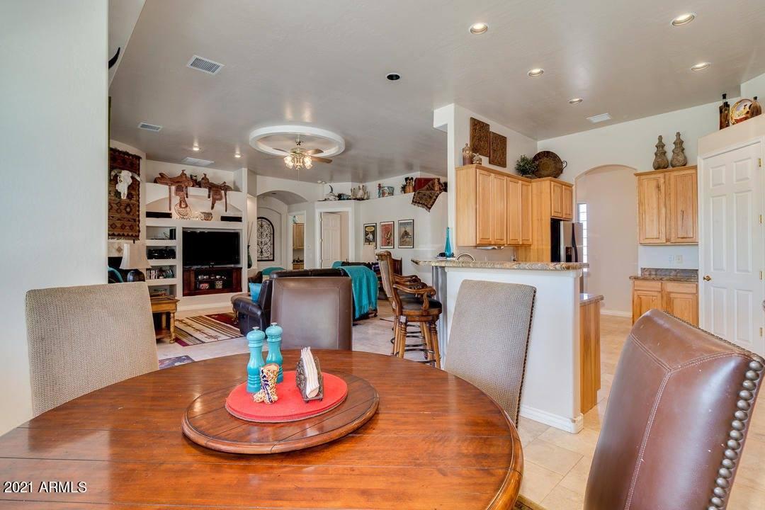 40435 North Kennedy Drive, San Tan Valley, AZ 85140