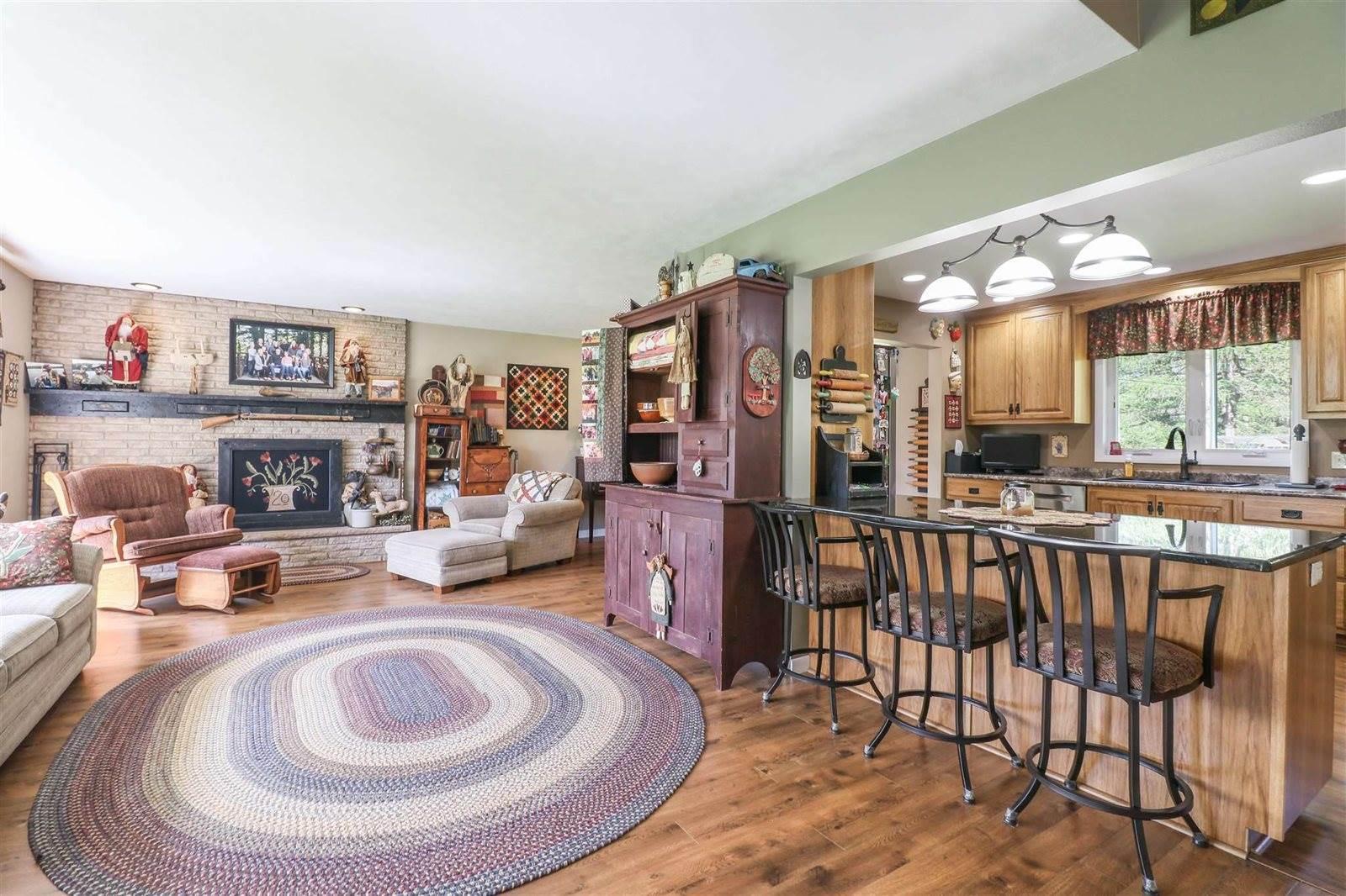 1811 Metcalf Place, Wisconsin Rapids, WI 54494