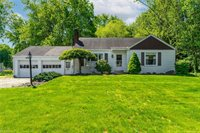 2887 Howell Drive, Poland, OH 44514