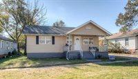 519 E 13th St, Baxter Springs, MO 66713