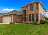 7809 Park Downs Drive, Fort Worth, TX 76137