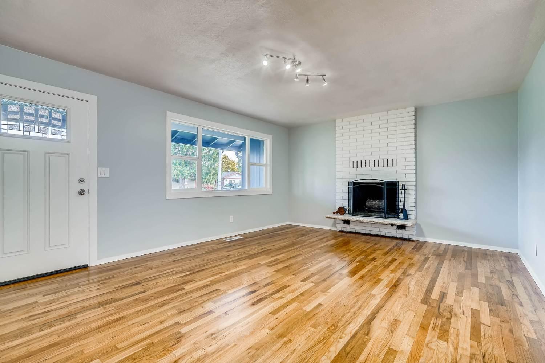 537 SE 168th Ave, Portland, OR 97233