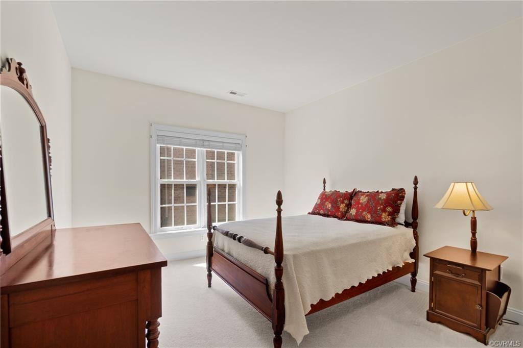 5000 Parkcrest Court, Glen Allen, VA 23059