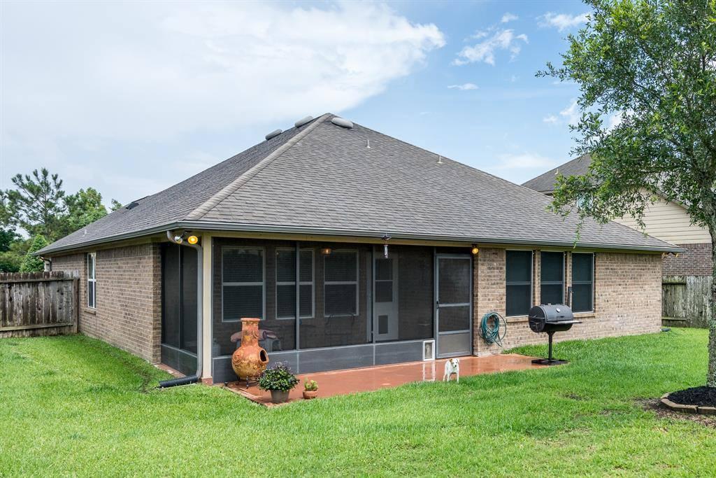 9987 Willow Falls Lane, Brookshire, TX 77423