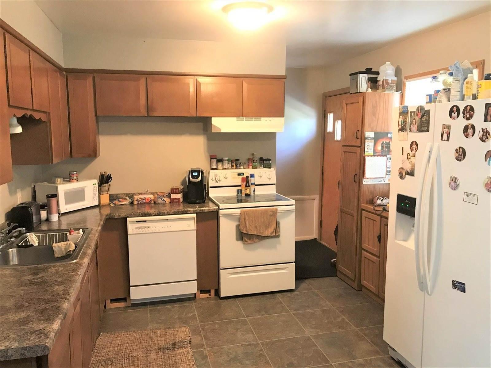 902 8th Street NE, Staples, MN 56479