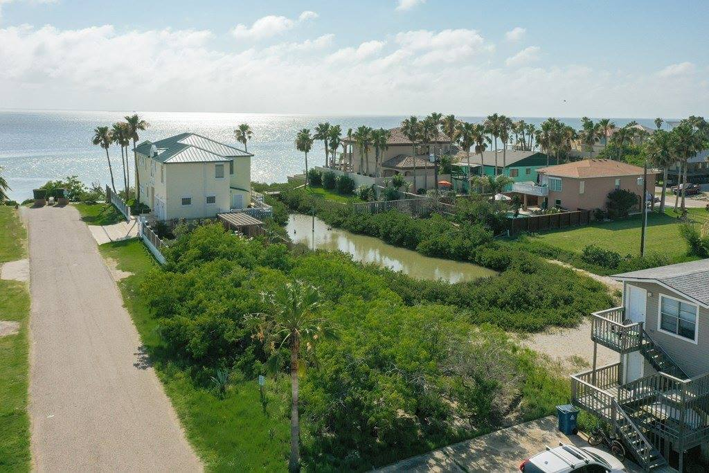 216-218 Huisache St, South Padre Island, TX 78597