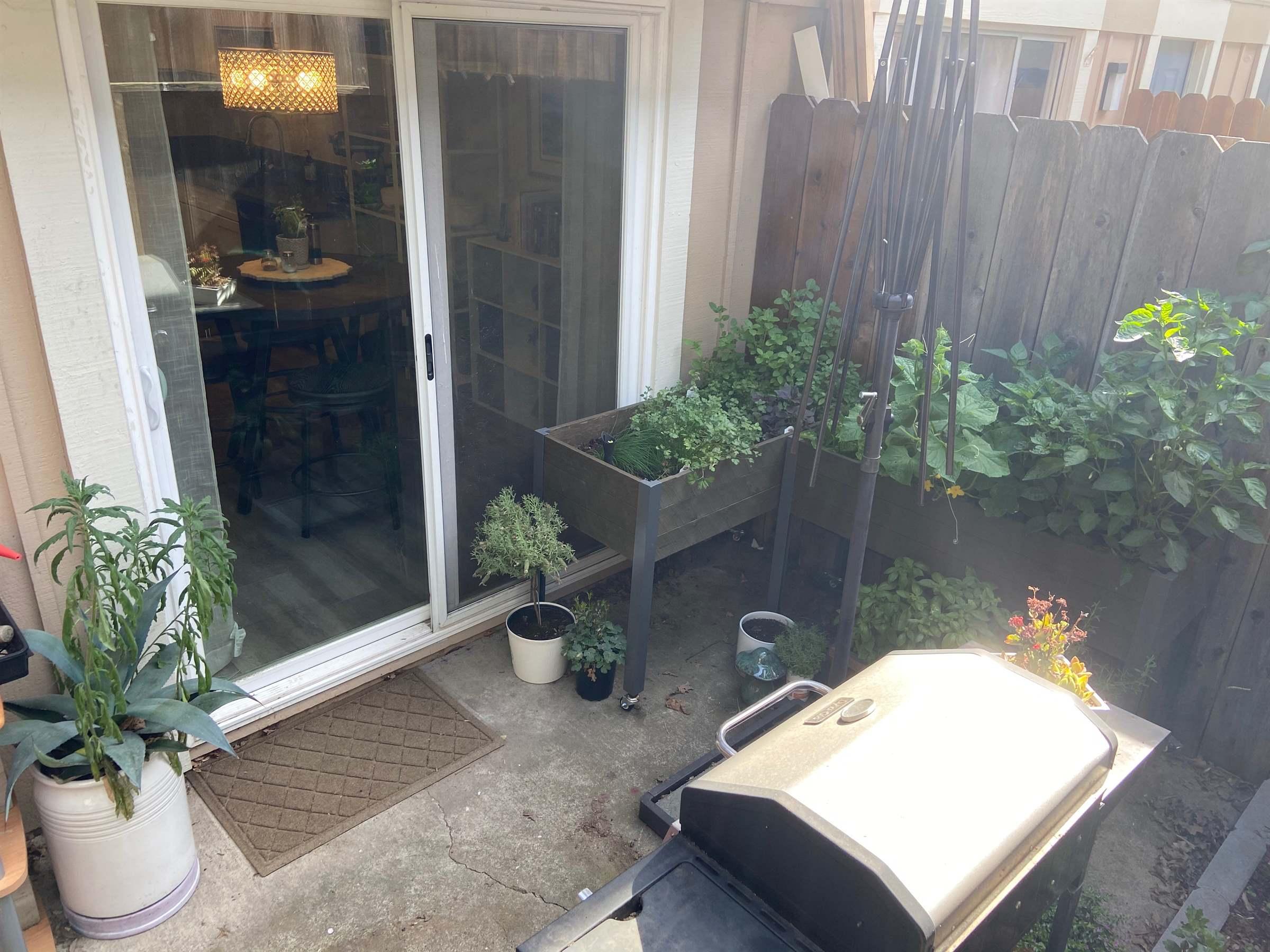 5814 Shadow Creek Drive, #1, Sacramento, CA 95841
