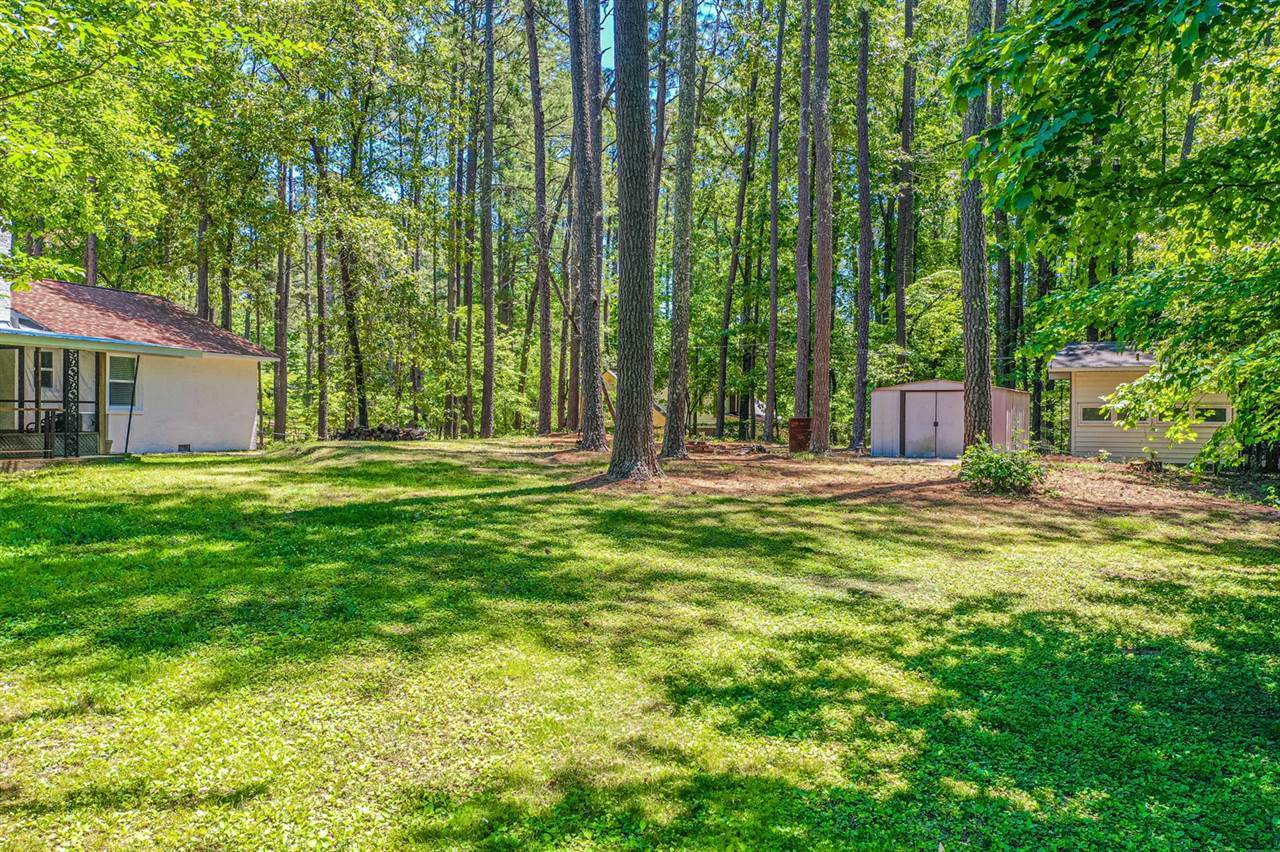 906 North Glenwood Trail, Southern Pines, NC 28387