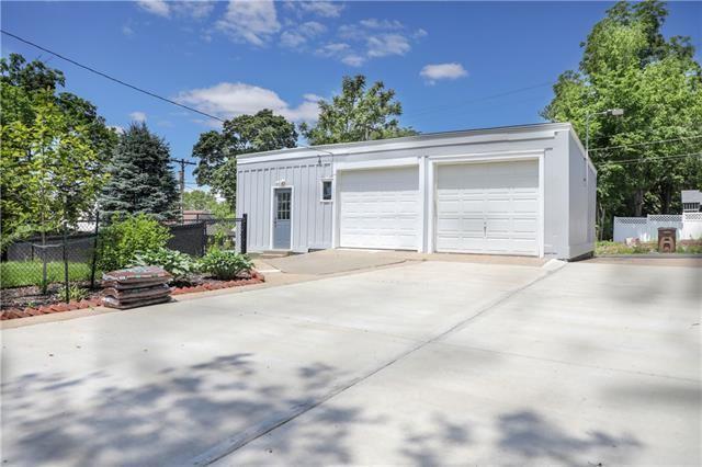 623 Laramie Street, Atchison, KS 66002