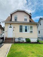 17 Civic Pl, Bloomfield Township, NJ 07003
