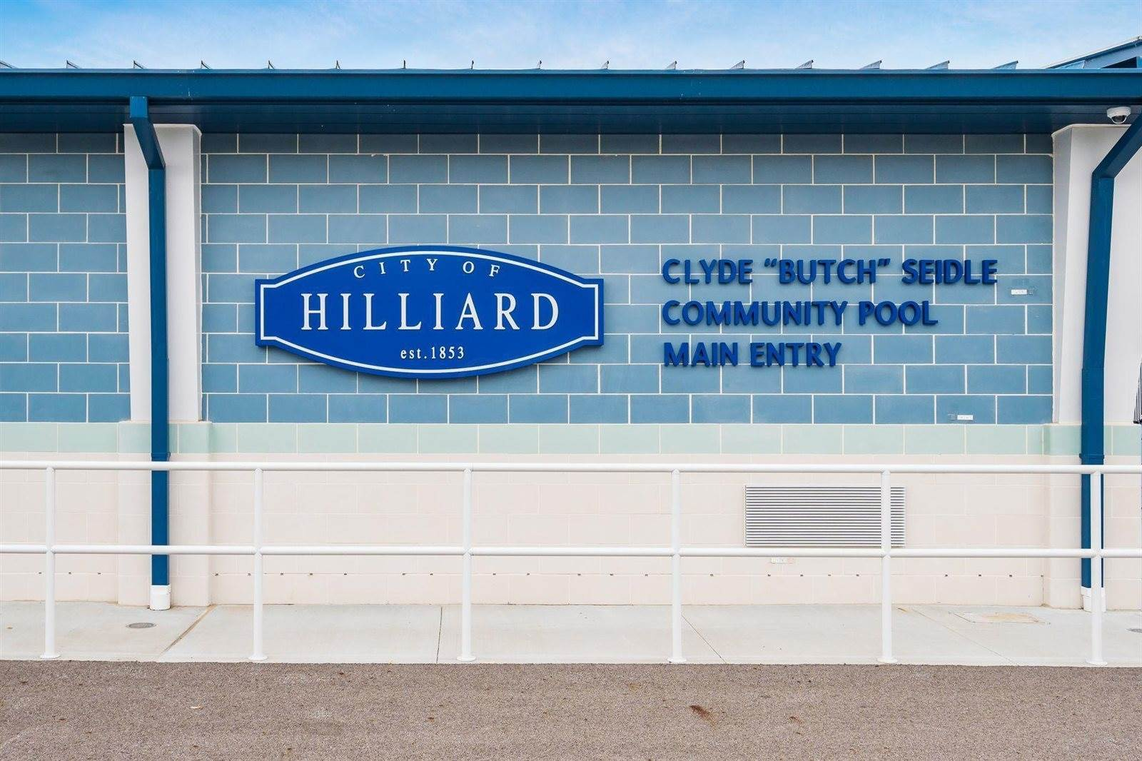 3200 Darbyshire Drive, Hilliard, OH 43026