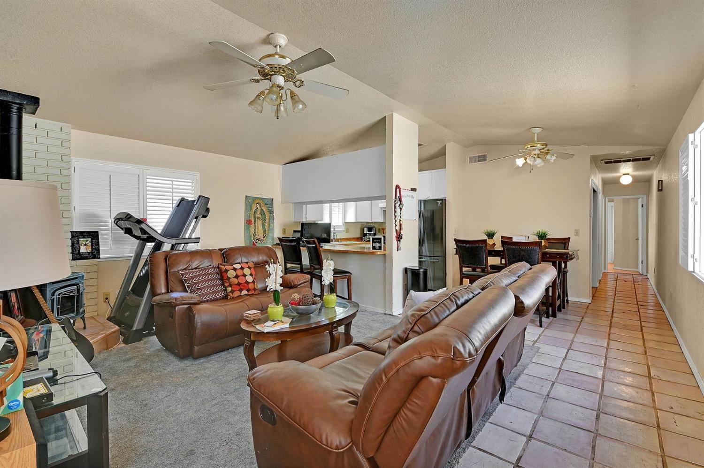 316 South 4th Street, Oakdale, CA 95361