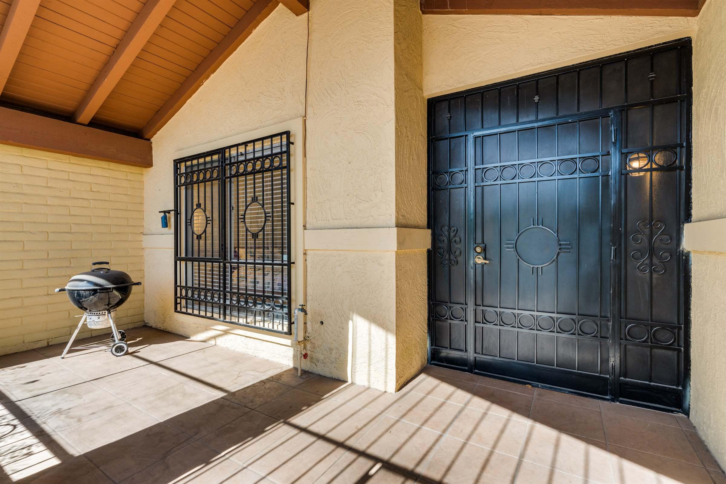 5716 N Camino De Las Estrellas, Tucson, AZ 85718