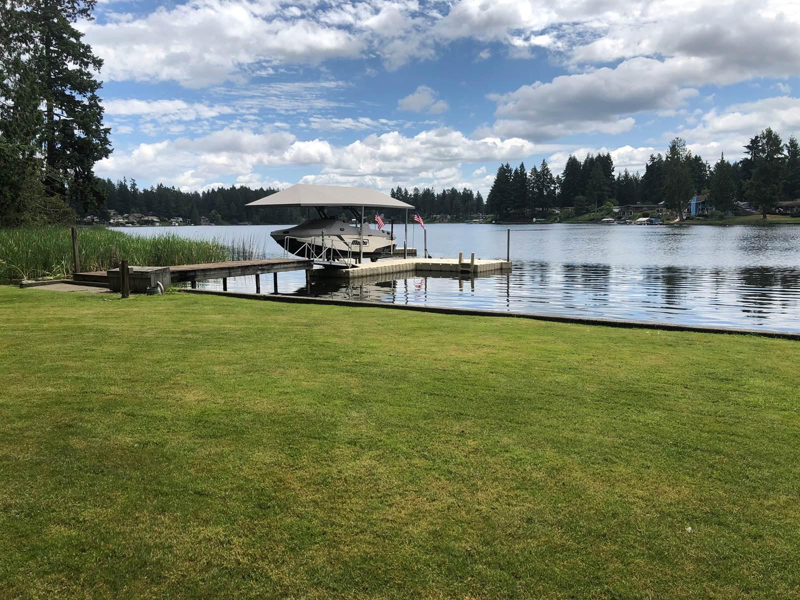 3930 Long Lake Drive SE, Olympia, WA 98503