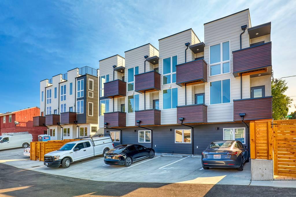 8505 16th Avenue NW, Seattle, WA 98117
