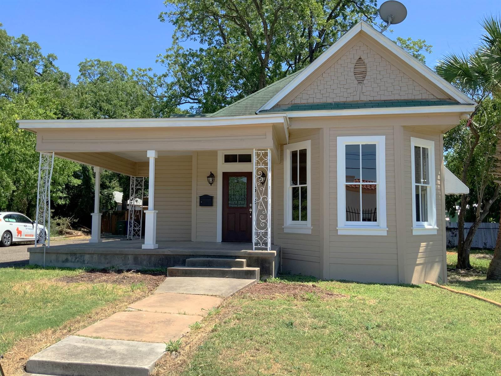 1512 East Houston St, San Antonio, TX 78202