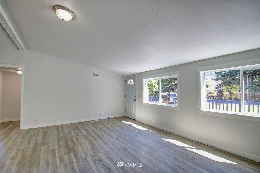 1210 Jameson Street, Sedro Woolley, WA 98284