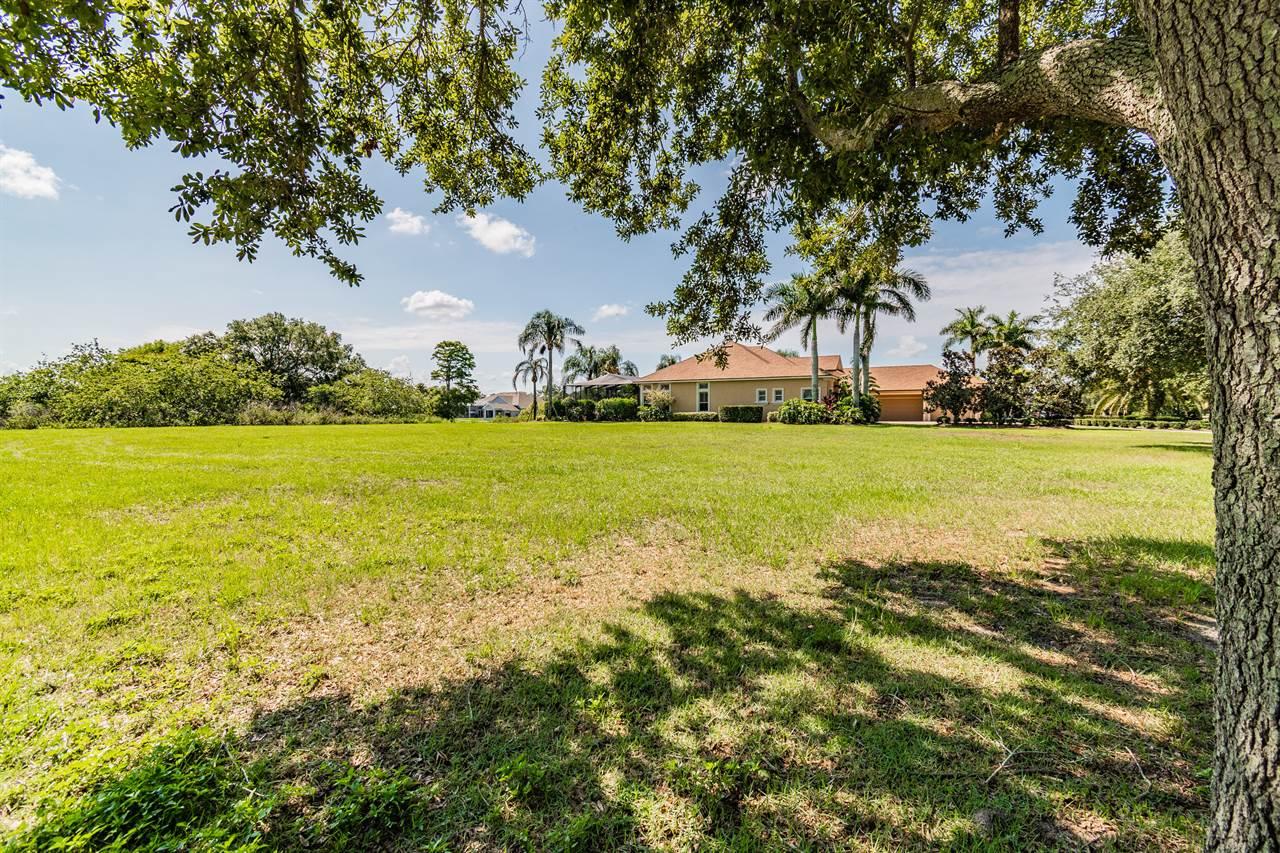 2684 Wyndsor Oaks Way, Winter Haven, FL 33884