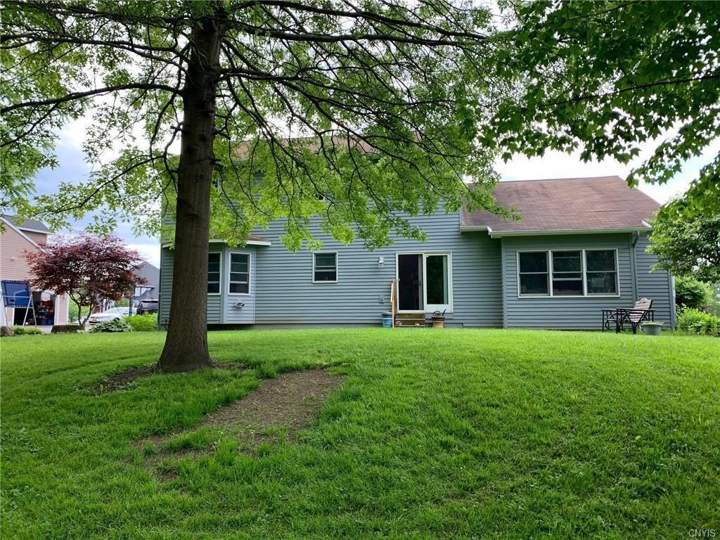 6045 Lisi Gardens Drive, North Syracuse, NY 13212