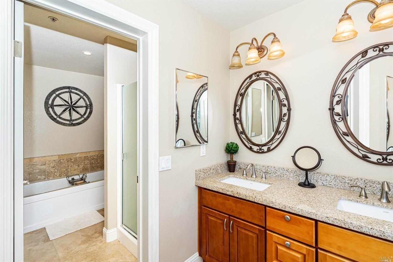 476 Emily Rose Circle, Windsor, CA 95492