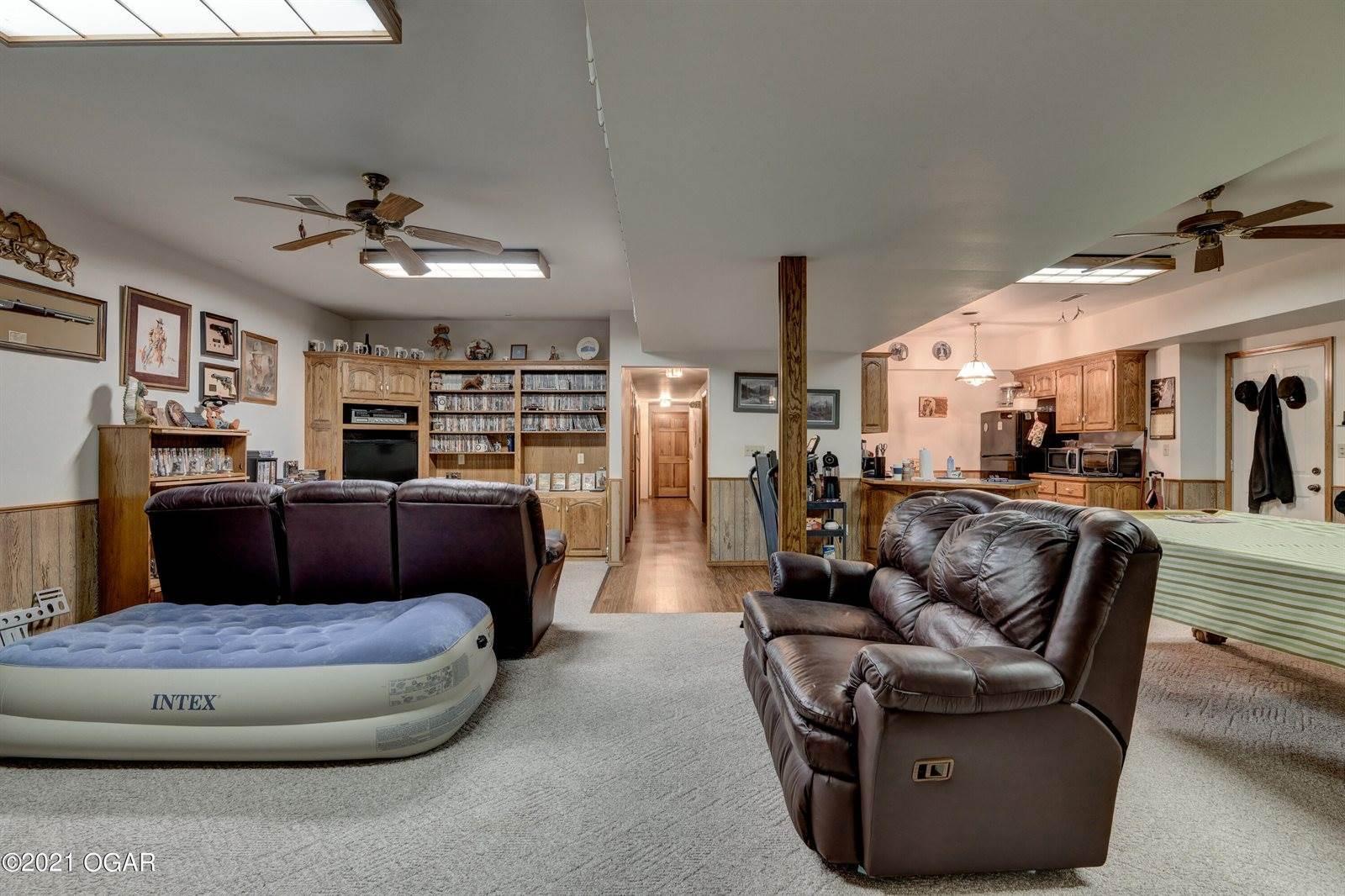 502 Driftwood Lane, Joplin, MO 64801