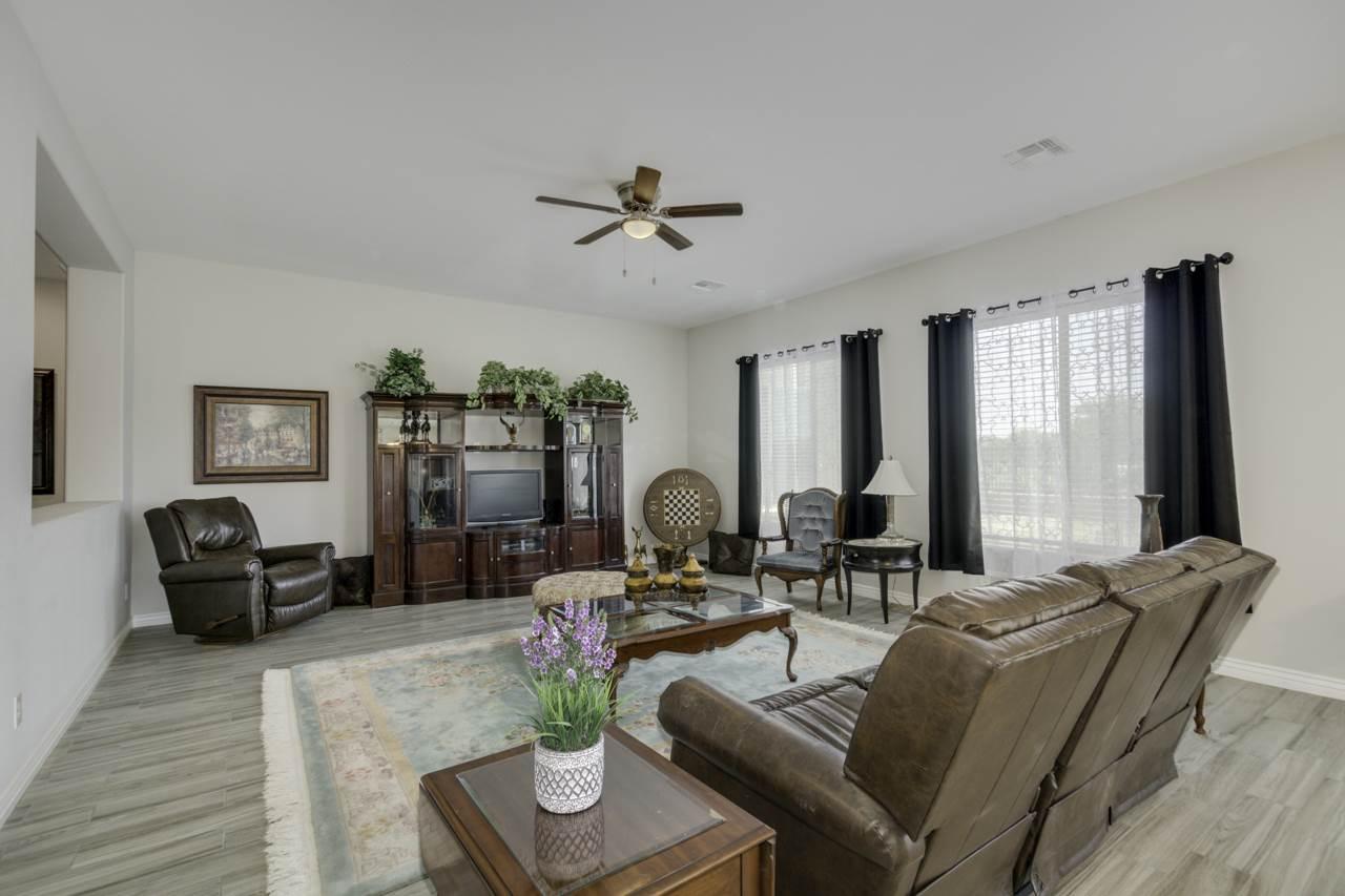 7517 S Parkcrest Street, Gilbert, AZ 85298