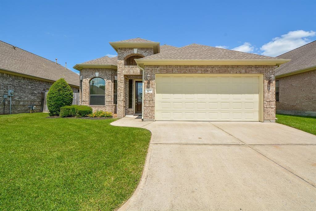 16218 Jordyn Lake Drive, Tomball, TX 77377