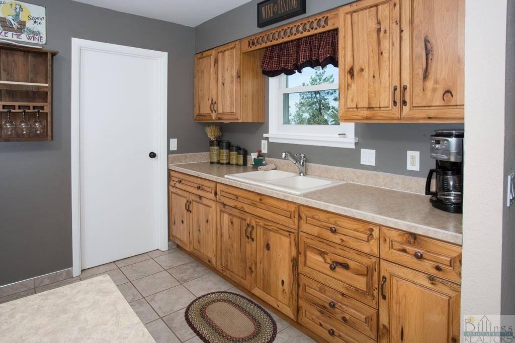 5555 Forest Hills Drive, Billings, MT 59101