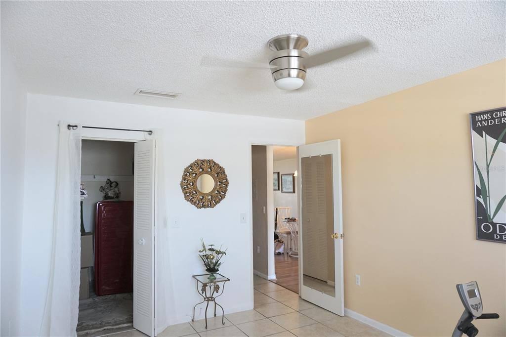 5750 80TH Street North, #A307, Saint Petersburg, FL 33709
