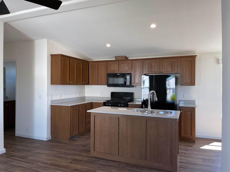 252 Rocky Hills Lane, Rancho Cordova, CA 95670