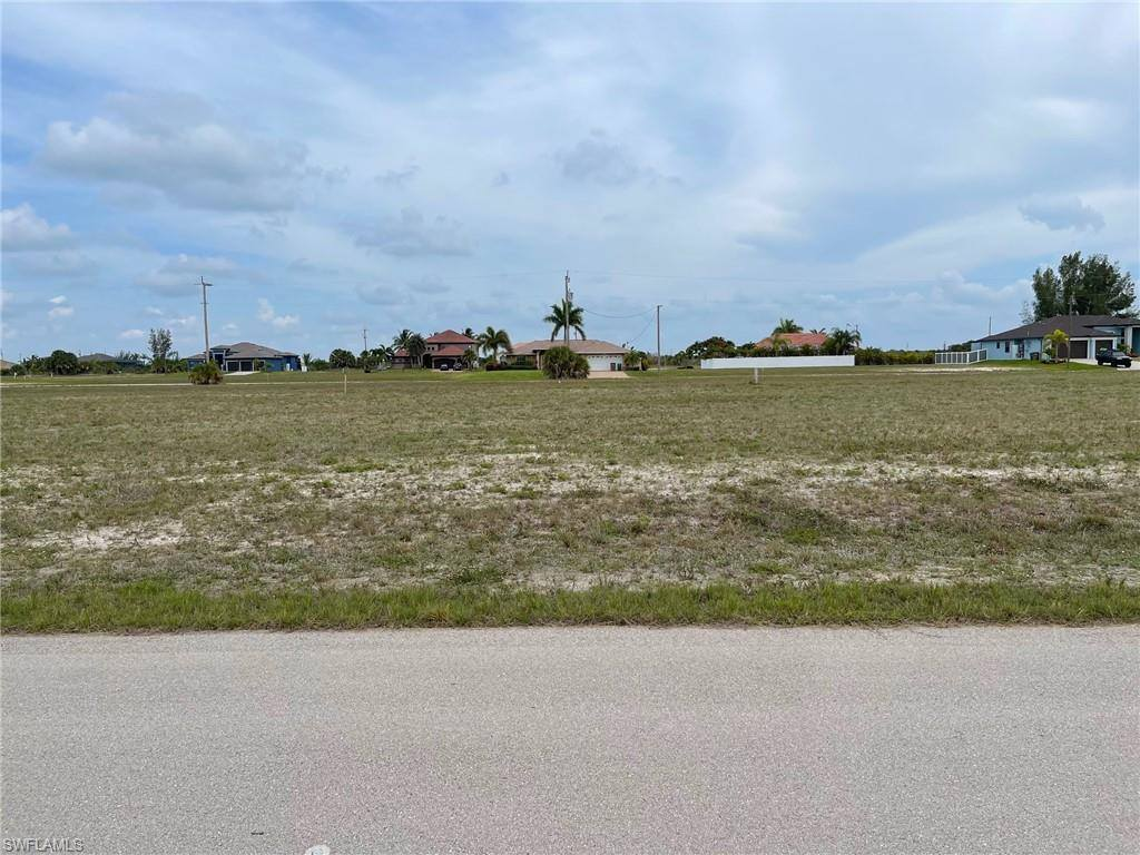 3506 NW 45th Place, Cape Coral, FL 33993